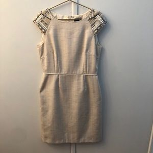 Linen Tahari Dress with embellished sleeves!